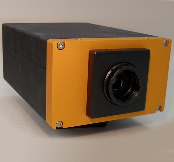 EYE VISION TECHNOLOGY (EVT) (Halle 17, Stand B24): Mit einer Gigabit-Ethernet-Schnittstelle sind die intelligenten Kameras der Serie »EyePC« ausgestattet. Auf Wunsch ist auch ein Profibus-, Interbus- oder CAN-Bus-Interface erhältlich. Die Geräte sind auf industrielle Bildverarbeitung, Inspektion und Qualitätskontrolle zugeschnitten und ergänzen die »EyeSpector«-Serie des Unternehmens. Erhältlich sind sie mit vielen verschiedenen CMOS- und CCD-Bildsensoren. Das Angebot umfasst sowohl Monochrom- als auch Farbmodelle mit diversen Bildraten und Sensor-Techniken mit Auflösungen von 640 x 480 bis zu 2048 x 1536 Bildpunkten.