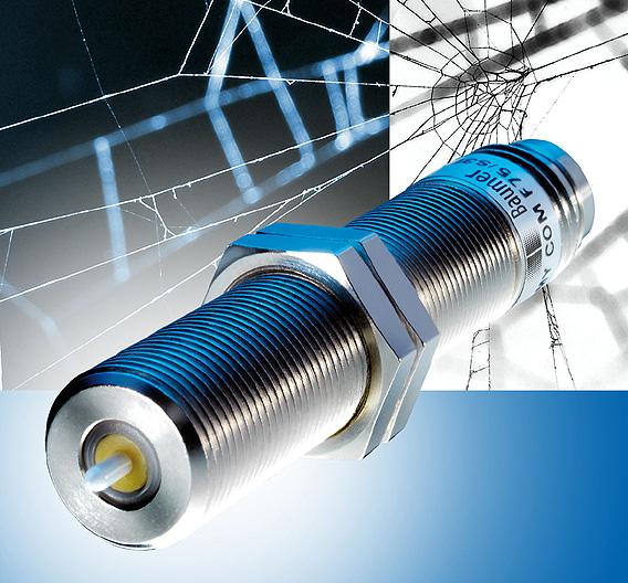 BAUMER (Halle 9, Stand G06): Der mechanische Endschalter »My-Com« erreicht eine Wiederholgenauigkeit von 1 µm. Der Sensor ist mit Tastspitzen aus Hochleistungskeramik, Chromstahl oder sphärisch geschliffenem Rubin ausgestattet. Der My-Com ist in rauen Umgebungen einsetzbar und funktioniert im Temperaturbereich von -- 20 °C bis + 75 °C. Mit nur drei beweglichen Teilen erzielt der Endschalter eine Schaltpunktgenauigkeit von +/- 0,001 mm; 30 cN Kraftaufwand sind ausreichend, um den Sensor zur betätigen. Baumer bietet den Sensor auch mit Schutzklasse IP67 an.
