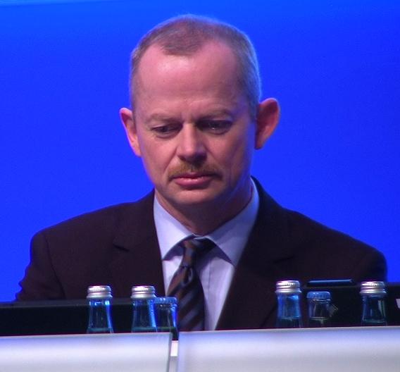 Er ist der neue König bei Infineon: Peter Bauer wurde vom Aufsichtsrat nicht nur zum Vorstandsvorsitzenden befördert, sondern auch mit weitreichenden zusätzlichen Kompetenzen ausgestattet. Hier auf der Hauptversammlung von Infineon im Februar.