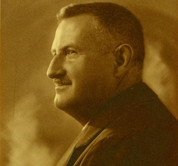 Friedrich H.  (»Fritz«) Wieland war überaus erfindungsreich. Bevor er am 7. Oktober 1910 sein eigenes Unternehmen gründete, erhielt er zum Beispiel erste Patente für eine Anzeigevorrichtung für Energieverbrauch und Stromverlust.