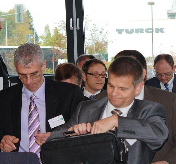 ... rund 60 Teilnehmer zur Tagung »Systems Integration« in Halver.
