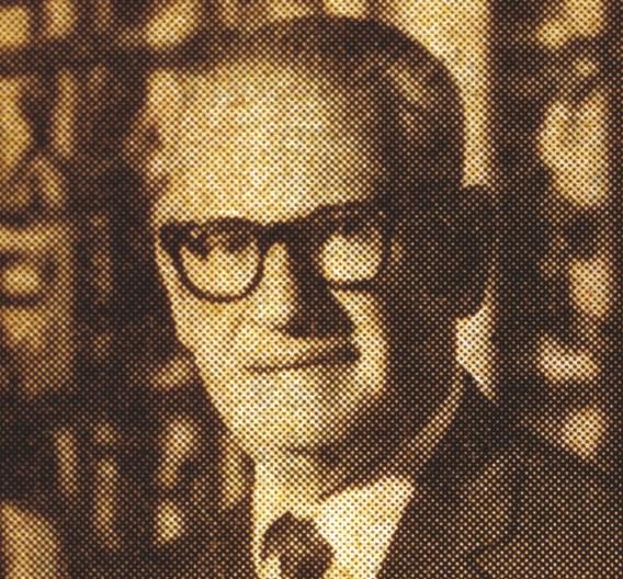 1921 gründete Charles Avnet im New Yorker Stadtteil Manhattan den heute größten Distributor für elektronische Bauelemente. Im ersten Geschäfsjahr verkaufte der Gründer Komponenten im Wert von rund 85.000 US Dollar. Zum Vergleich: Im Geschäftsjahr 2010 erwirtschaftete der Avnet Konzern etwa 19 Mrd. US Dollar.