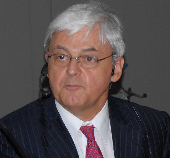 Der Schweizer Heinz Kundert leitet die europäische SEMI-Organisation und kämpft seit Jahren für Förderungsmaßnahmen für die europäische Chip-Industrie.