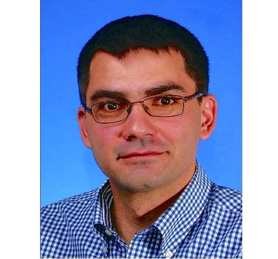 Dr. Dragan Manic ist stellvertretender Abteilungsleiter.