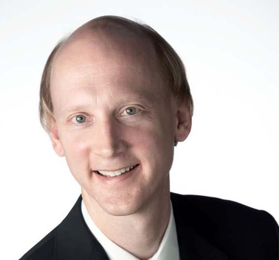 """Jay Alexander, Vice President und General Manager der Digital Test Division bei Agilent Technologies: """"Selbst bei Übertragungen mit sehr kurzen Distanzen ist man mit elektrischen Übertragungsverfahren bei etwa 10 Gbit/s am Ende."""""""