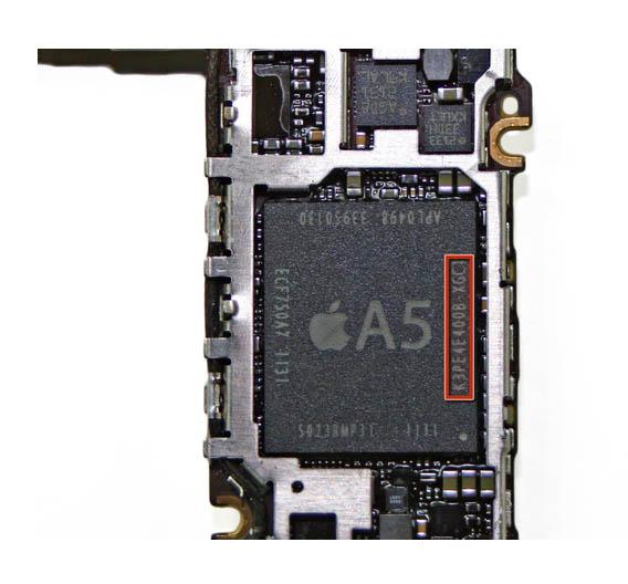 Gleicher A5-Prozessor aber anderer Speicher-Zulieferer: die DRAM-Dies bei der deutschen iPhone-Version stammen von Samsung.