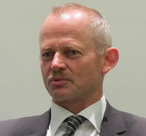 Peter Bauer: