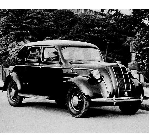 1936 markierte mit dem Modell AA Sedan die Geburt des ersten Personenwagens von Toyota Motor Company.