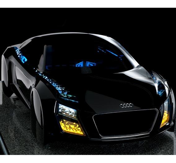 Im Mittelpunkt des CES-Messeauftritts von Audi steht die Vernetzung des Autos mit seiner Umwelt. Auch die Sound- und Lichttechnologien setzen Highlights.