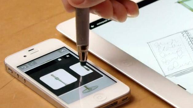 Hinter Adobes Arbeitstitel »Project Mighty« verbirgt sich ein Cloud-Pen, also einem Schreibgerät, das mit dem Internet verbunden ist. Dieser intelligente Stift soll Kugelschreiber und Papier ersetzen und es Kreativen ermöglichen, ihre Ideen direkt digital aufzuzeichnen.