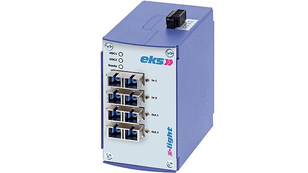Der optische Bypass x-light von eks Engel. Der Bypass wird entweder über den zu schützenden Teilnehmer oder durch ein eigenes Netzgerät mit Spannung versorgt. Sollte der Bypass nicht mehr mit Spannung versorgt werden, so funktioniert er dennoch.