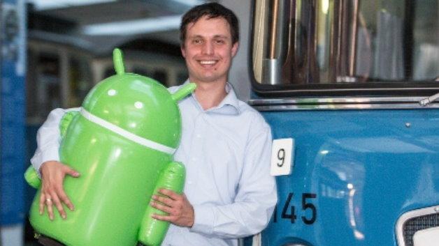 Erstplatzierter Sieger ist das 2012 gegründete Münchener IT Start-up Zertisa GmbH. Ihre selbstentwickelte  Android Software Management Plattform erleichtert Unternehmen, die nicht auf einen spezialisierten Entwicklerstab zurückgreifen können, die Entwicklung, den Vertrieb und die Aktualisierung ihrer Android Produkte.