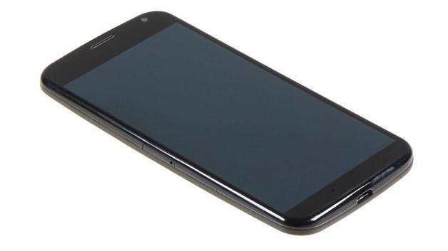 Äußerlich präsentiert sich das Moto X schlicht und mit viel Plastik. Doch die entscheidenden Werte eine Smartphones...