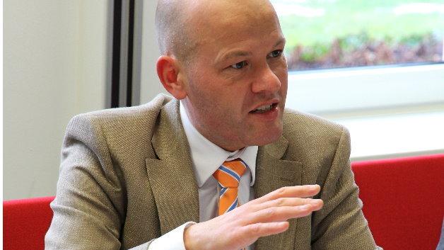 Gijs Werner, TE: »Die hybride Übertragung ist ein sehr gutes Beispiel dafür, dass man im Bereich der Verbindungstechnik die gesamte Applikation sowie auch den Verarbeitungsprozess in die Betrachtung einbeziehen muss, um eine optimale Lösung finden zu können.«