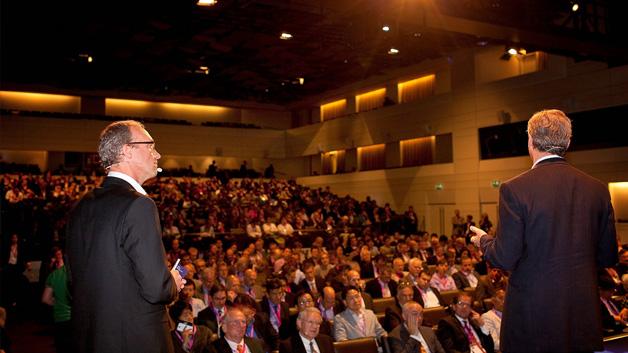 Fast 900 Teilnehmer nahmen am IMEC Technology Forum 2014 teil.
