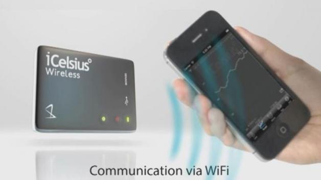 Die Kommunikation mit dem Smartphone erfolgt kabellos übe WiFi.