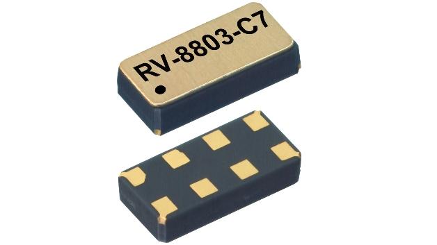 Zwei RTC-Module (Real Time Clock) stehen bei Micro Crystal (Halle A4, Stand 206) im Brennpunkt. Der 3,2mm x 1,5mm x 0,8mm große temperaturkompensierte RTC »RV-8803-C7« bietet eine Ganggenauigkeit von ±3,0ppm über den Temperaturbereich von -40°C bis +85°C bei einem Stromverbrauch von 250nA. Bisherige Lösungen lagen hier zwischen 800nA und 3000nA. Damit wird der Einsatz von kostengünstigen MLCC-Kondensatoren anstelle von teuren Supercaps oder Batterien möglich. Zwischen 130nA und 200nA benötigt der Low-Power-RTC »RV-1805-C3«. Mit seiner Ganggenauigkeit von ±20ppm zielt er auf batteriebetriebene Massenanwendungen z.B. in den Bereichen Healthcare, Automotive (TPM) und Weiße Ware.