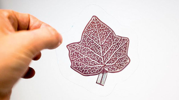 Bild 3. Für Dekorationszwecke lassen sich organische Solarzellen in fast beliebigen formen herstellen.