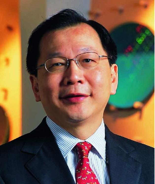 Rick Tsai (TSMC): Nach dem Rücktritt von Chip-Legende Morris Chang im Jahr 2005 kam es in Tsais Ära vermehrt zu Problemen, welche zu erhöhter Kundenunzufriedenheit führten. Exemplarisch genannt seien Kapazitätsengpässe für Nvidia-Grafik-Chips und Qualcomms Snapdragon-SoCs. Im Jahr 2009 übernahm der eigentlich schon in Rente gegangene Chang auf Bitte des Aufsichtsrates erneut die CEO-Position, Tsai hat TSMC mittlerweile ganz verlassen (müssen).
