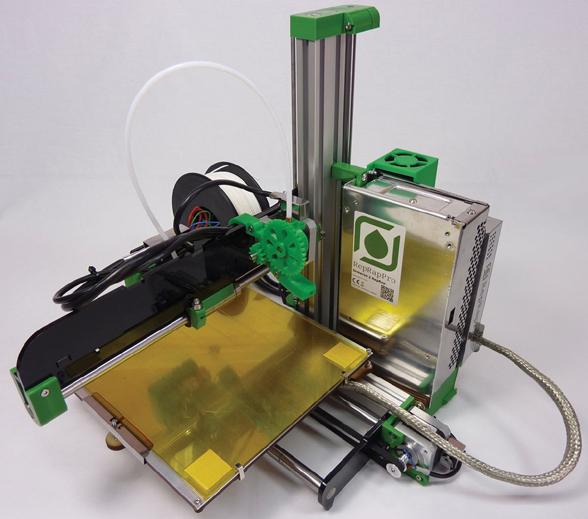 Der 3-D-Bereich des Messestands von RS Components (Halle A4, Stand 246) erweckt das Angebot des Distributors im Bereich 3-D-Druck zum Leben. Zu sehen sind Neuigkeiten wie »RepRapPro Ormerod« und »CubePro« von 3D Systems. Mit Adrian Bowyer, dem Begründer des RepRap-Projekts, können Besucher am RS-Stand mit einem Pionier der Branche ins Gespräch kommen. Demonstrationen des Tools »DesignSpark Mechanical Version 2« zeigen das schnelle Erstellen von Konzeptmodellen. Standbesucher können ihre Köpfe einscannen lassen und in einem 3-D-druckbaren Dateiformat mit nach Hause nehmen.
