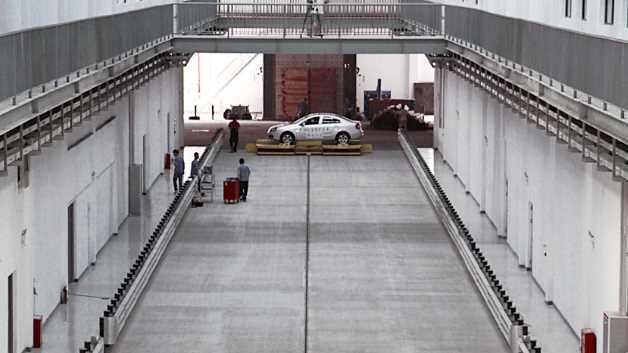 Die Beschleunigungsbahn ist mit fast 294 Metern eine der längsten der Welt