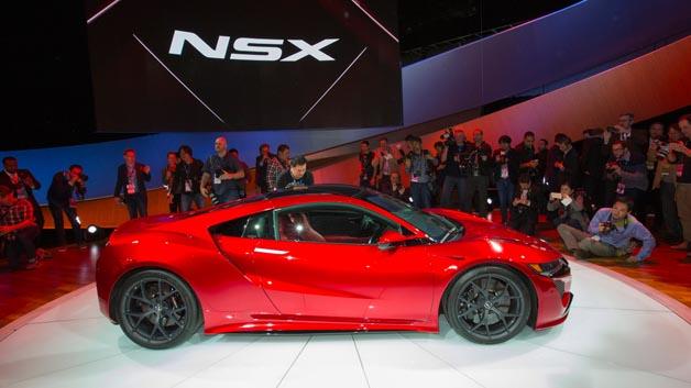 Hingucker in Detroit: Nach der Ankündigung vor 3 Jahren hat Honda den NSX vorgestellt.
