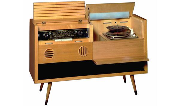 1955 - Musikschrank 7080 W/3 D