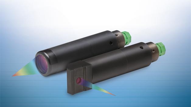 Micro-Epsilon stellte neue konfokal-chromatische Sensoren für das Messsystem confocalDT vor. Die Serie IFS2406 zeichnet sich durch hohe Genauigkeit und kompakte Bauform aus. Neben der Abstandsmessung im Submikrometerbereich ist der Sensor für die einseitige Dickenmessung verschiedener Materialien geeignet. Konfokal-chromatische Sensoren von Micro-Epsilon sind berührungslos, verschleißfrei, langzeitstabil und daher auf hochpräzise Anwendungen zugeschnitten. Die Serie wurde speziell für den Einsatz im Vakuum konzipiert. Die Modelle zeichnen sich durch kompakte Baugröße und hohe Genauigkeit im Submikrometerbereich aus. Das System verfügt außerdem über einen kleinen Messfleck. Da die Sensoren passiv aufgebaut sind, können Sie auch in EX-gefährdeten Bereichen eingesetzt werden.