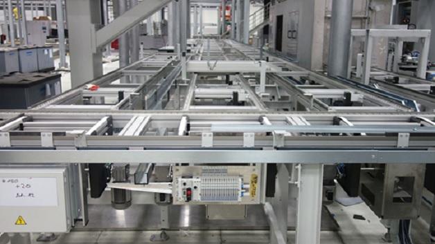 Insgesamt sollen in China 48 Maschinen mit 80 Spindeln automatisiert werden.