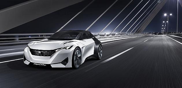 Der Peugeot Fractal hat zwei Elektromotoren, die sich an der Vorder- und Hinterachse befinden. Sie sind die Basis für einen Allradantrieb. Das 170-PS-starke Fahrzeug verfügt über eine 30-kWh-Lithium-Ionen-Batterie, die für eine Reichweite von bis zu 450 km sorgt.