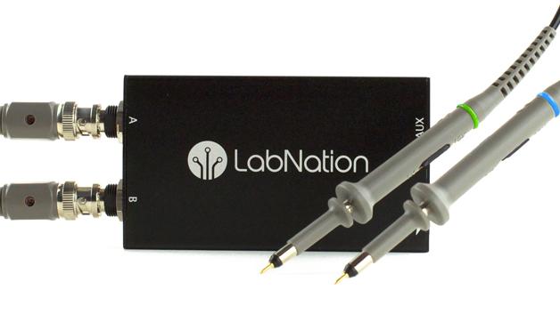 Das SmartScope von LabNation ist ein Open Source USB-Oszilloskop mit integriertem Logikanalysator und Signalgenerator.