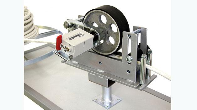 Bild 1. Maschine zur mechanischen Kabellängen-Messung.