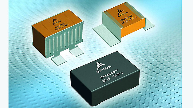 Kennziffer 000: Kondensatoren für Umrichter-Applikationen: Lösung für die Snubber- und DC-Link-Beschaltung. mit der neuen Generation des EPCOS CeraLink eine sehr kompakte Lösung für die Snubber- und DC-Link-Beschaltung von schnell schaltenden Umrichtern auf SiC- und GaN-Basis. Die neuen Kondensatoren basieren auf PLZT-Keramik (Lead Lanthanum Zirconate Titanate). Im Gegensatz zu konventionellen Keramik-Kondensatoren liegt beim CeraLink das Kapazitätsmaximum bei der Einsatzspannung und steigt sogar mit zunehmendem Anteil der Ripple-Spannung. Die kleinste Ausführung des CeraLink ist die SMD-Low-Profile-Variante mit einer Kapazität von 1 μF bei einer Nennspannung von 500 V (DC). Sie hat Abmessungen von 4,25 × 7,85 × 10,84 mm³. Auch eine Ausführung mit Lötstiftkontakten ist verfügbar. Dieser 20-μF-Typ misst 33 × 22 × 11,5 mm³ und ist ebenfalls für 500 V (DC) ausgelegt. Beide Typen bieten extrem geringe ESL-Werte von unter 3,5 nH. Die Kondensatoren sind für eine Betriebstemperatur von –40 bis +125 °C ausgelegt und können kurzfristig auch mit 150 °C beaufschlagt werden.