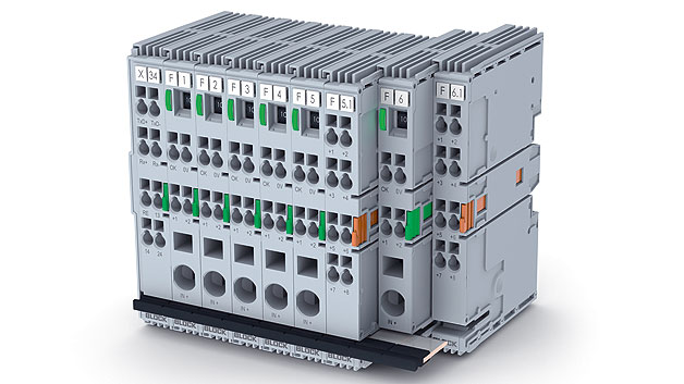 Der elektronische Einkanal-Schutzschalter EasyB von Block Transformatoren sichert Stromkreise mit 24V(DC) zuverlässig ab. Bis zu 40Kanäle können modular aneinander gereiht werden. Integrierte Kontakte, die durch das Aneinanderreihen der Module verbunden werden, dienen der Versorgung und Kommunikation im System. Brückungskämme für die Kommunikationsverbindung, Einspeiseklemmen oder Backplanes sind nicht mehr nötig. Gesteuert und ausgelesen werden die Geräte über Kommunikationsbusse. Das Adressierungs- und Einschaltverhalten ließ sich Block patentieren.