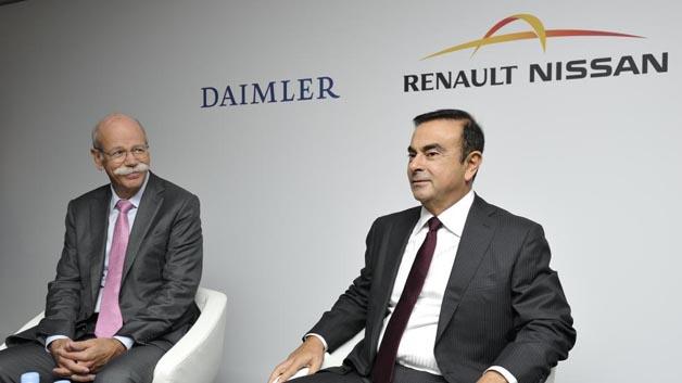 Platz 40: Carlos Ghosn ist seit 1996 bei Renault und leitet das Unternehmen seit 2005. Hier ist er im Gespräch mit seinem Nachfolger als ACEA-Präsident, Dieter Zetsche.