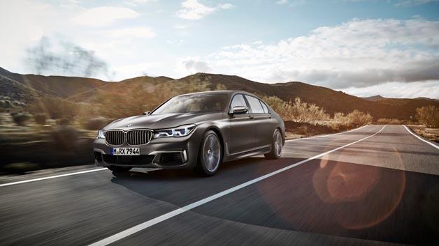 Mit dem neuen BMW M760Li xDrive erhält die soeben gestartete BMW 7er Baureihe ein prestigeträchtiges Topmodell.