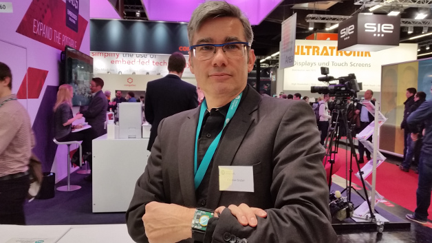 """""""Wearables werden sich in Richtung hochwertige Endgeräte entwickeln – aktuell können solche Geräte den Puls eher abschätzen als genau messen."""" Christian Gruber, maxim integrated."""