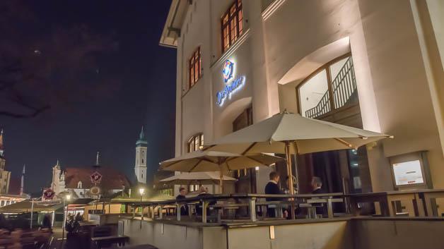 Die Preisverleihung der Produkte des Jahres 2016 fand in einem Wirtshaus am Münchner Viktualienmarkt statt.
