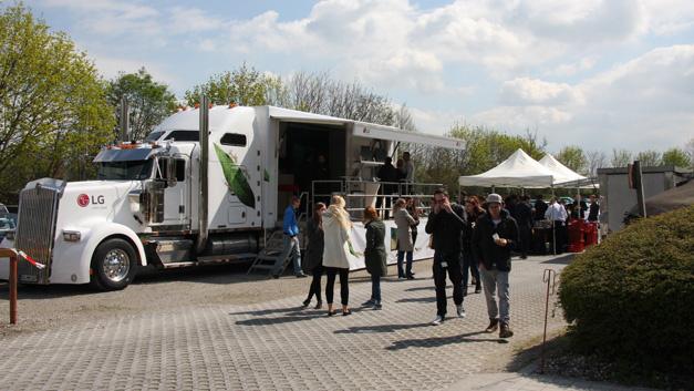 Der LG-Truck fährt 50 verschiedene Stationen an – bundesweit.