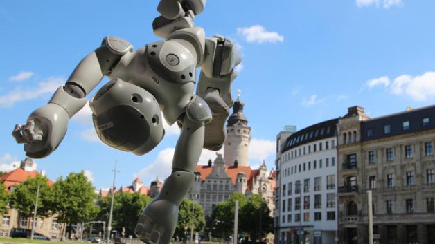 ... und das Neue Rathaus in der Leipziger Innenstadt.