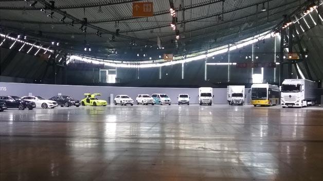 Daimler zeigte auf dem TechDay sein Portfolio im Bereich E-Mobility: vom Stadtflitzer Smart über den Sportwagen SLS AMG electric drive bis hin zum Bus und Lkw.