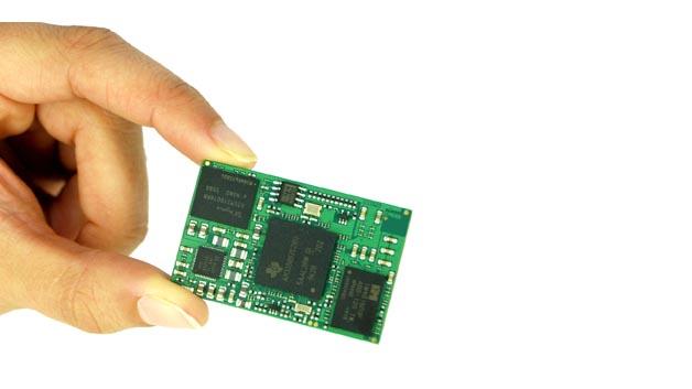 """Bestückt wird es u.a. mit dem """"Sitara""""-ProzessorTexas Instruments AM335x, der einen ARM Cortex-A8-Kern hat."""
