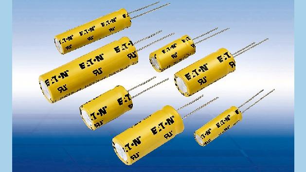 Die neue TV-Serie der Powerstor Superkondensatoren (Vertrieb: HY-LINE Power Components) mit Kapazitäten von 5 bis 100 F bietet neben den bewährten Eigenschaften der Eaton Supercaps wie hohen repetierenden Pulsströmen von bis zu 71 A, geringem ESR von nur 0,011 bis 0,035 Ohm, hoher Lebensdauer von bis zu 20 Jahren, geringen Leckströmen ab 13 μA, höchster Zyklenfestigkeit von über 500.000 Lade- und Entladevorgängen sowie einem Arbeitstemperaturbereich von -40 bis 85 °C nun auch noch eine erhöhte Betriebsspannung von bis zu 3 V.