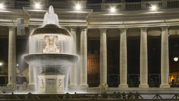Für die Sicherheit der Besucher, forderte der Vatikan bis zu 120 Lux bei Nacht...