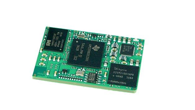 Das BeagleCore BCM1 ist ein Modul auf Basis der BeagleBone Black Hardware von Texas Instruments mit TI-Sitara-Prozessor. Im Gegensatz zum Maker Board BeagleBone Black von TI zielt das BeagleCore aber auf industrielle Anwendungen. Sämtliche Produktionsdaten (Layout, Altium-Daten) sind Open Source und über GitHub verfügbar. Für Entwicklungszwecke gibt es ein Starter Kit, ansonsten entwickeln sich die Kunden das Träger-Board selbst oder geben es in Auftrag. Das Modul wird einfach aufgelötet und ist maschinenbestückbar. Weil kein Steckverbinder benötigt wird, ist die Lösung besonders kostengünstig. Den weltweiten Vertrieb hat Conrad übernommen.