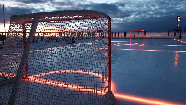 Dank der LEDs von Osram sind die Linien des Spielfeldes auch im Dunkeln gut zu sehen.
