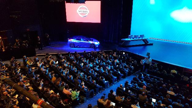 Vor vollem Auditorium erläuterte Ghosn im WestGate Theater am Las Vegas Convention Center Technologien und Partnerschaften als Teil des »Nissan Intelligent Mobility«-Programms.