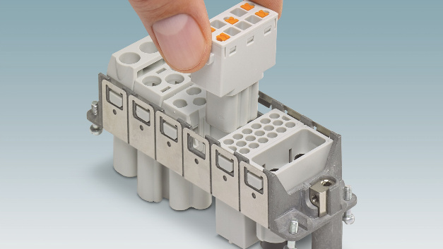 Das Push-in-Modul lässt sich bequem in den Snap-in-Rahmen der Baureihe