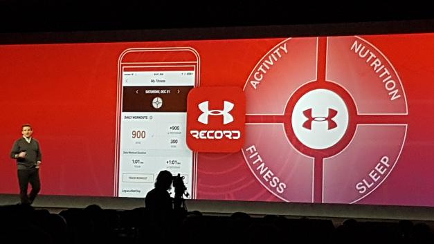 Die App UA Record erfasst vier für Sportler wichtige Elemente: Aktivitäten, Ernährung, Fitness und Schlaf.