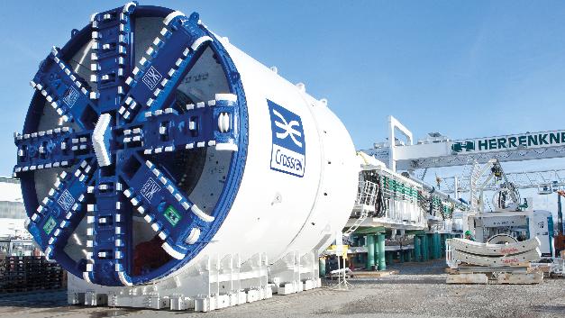 Jede Tunnelbohrmaschine wird einmal komplett aufgebaut, in Betrieb genommen, getestet, vom Kunden abgenommen, demontiert und anschließend verschickt.